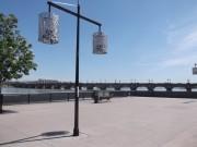 Bordeaux. Uferpromenade an der Gironde mit Blick auf Brücke. (Foto: Sudy)