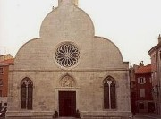 Fassade des Doms in Muggia. (Foto: Sudy)