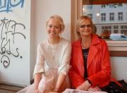 Modebloggerin Kathrin Fricke und Journalistin Hedi Grager. (© Sudy)