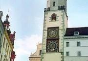 Zwei sehenswerte Uhren am Görlitzer Rathausturm. (Foto:Sudy)
