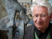 Der Bildhauer Josef Pillhofer in seinem Wiener Staatsatelier.