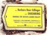 Info-Tafel am Aigner-Rollett Denkmal vor dem  Paulustor.(Foto: Sudy)