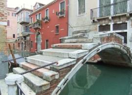 Stein-Brücke in Venedig. Foto: Sudy