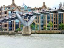 Londoner Millennium Bridge. © Hedi Grager