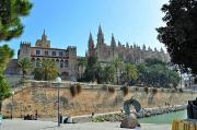 Palacio de la Almudaina und Catedral de Mallorca. © Reinhard A. Sudy