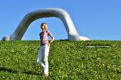 Hedi Grager im Skulpturenpark. © 2016 Reinhard A. Sudy