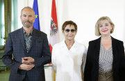 Erwin Wurm, Brigitte Kowanz und Christa Steinle. © 2017 ...