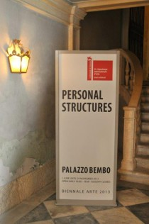 Gemeinschafts-Ausstellung im Palazzo Bembo. Foto: Reinhard A. Sudy