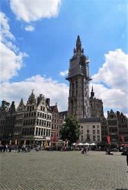 Blick über den Grote Markt auf die Liebfrauenkirche, Antwerpen. © 2019 Reinhard A. Sudy